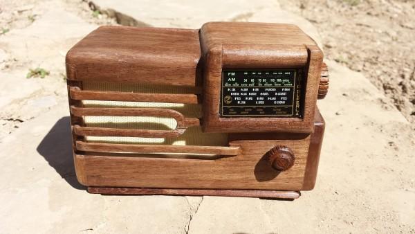 La radio Superla 537