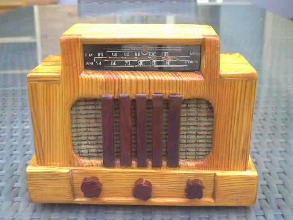 Radio en miniatura Addison 5F