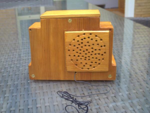 Radio en miniatura Addison5F