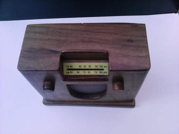 Radio en miniatura Watt mod.Vittoria