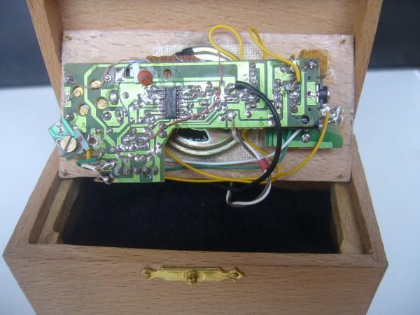 circuito interno radioen miniatura-