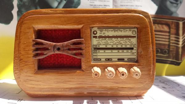 Radio en miniatura Geloso 26g48