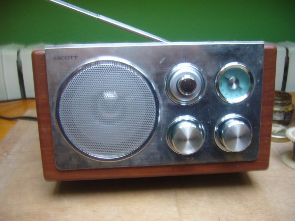 radio retro scott rx18