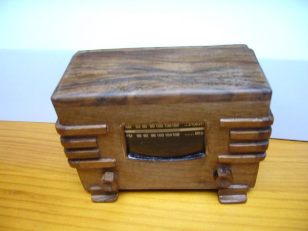 Radio en miniatura anos 40