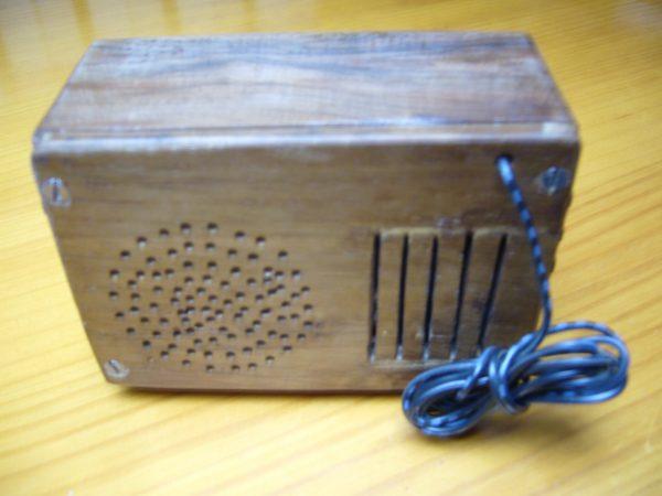 Radio en miniatura años 40