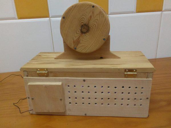 radio en miniatura años 20
