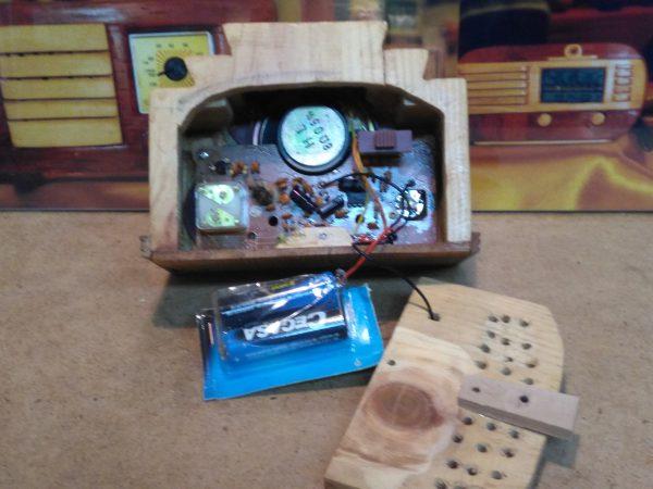 Radio en miniatura Crosley 33S Baby
