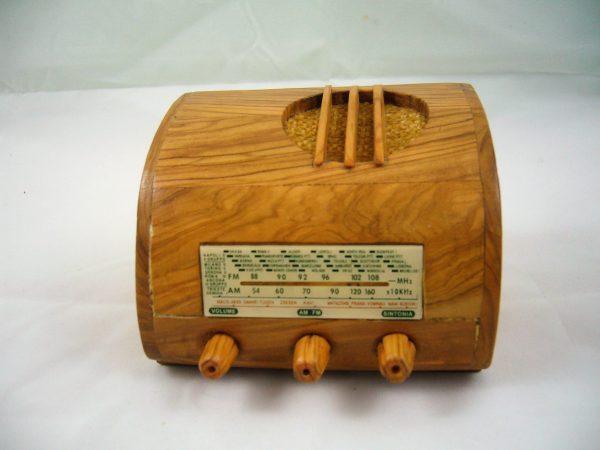 Radio en miniatura Ducati