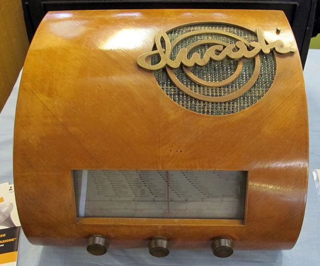 Radio_Ducati_RR3404,_1950